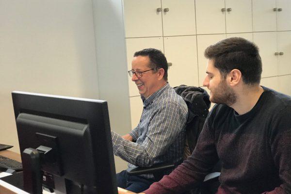 Albert und Hidir im großen Coworking Bereich 2